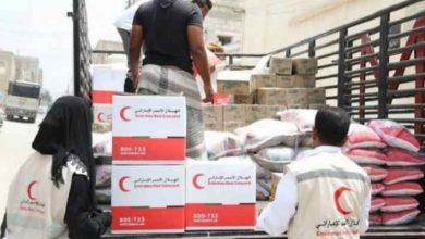 صورة الهلال الأحمر الإماراتي يرسل 20 سيارة إسعاف إلى غزة