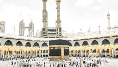 صورة الحجاج يودعون مكة المكرمة بعد انتهاء المناسك