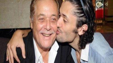 صورة كريم محمود عبدالعزيز: والدي هو بطلي الخارق.. باع جرائد ونام على الرصيف