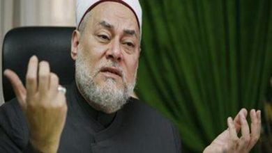 صورة النشرة الدينية| علي جمعة يوضح هل يجب الفرح في العيد.. وهذا حكم قراءة القرآن من المصحف بدون وضوء
