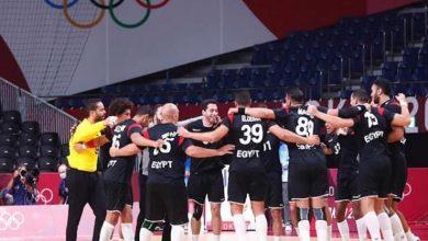 صورة مصر تهزم البحرين بأقل مجهود ويتأهلا لربع نهائي كرة اليد بالأولمبياد