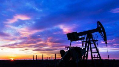 صورة أسعار النفط تتجه لإنهاء تعاملات الأسبوع دون تغيير