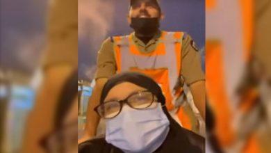 صورة بابتسامة وسيلفي ودعاء.. حاجة مصرية تشيد بمساعدة رجل أمن لها