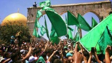 صورة حماس توجه رسالة للسلطة: المقاومة الشاملة هي القادرة على كنس الاحتلال