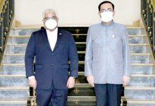 صورة رئيس وزراء تايلند يستقبل سفير البحرين بمناسبة انتهاء فترة عمله