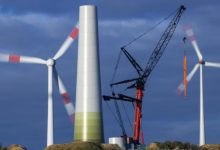 صورة تعهدات بإنفاق 400 مليار دولار لتوفير الطاقة المتجددة