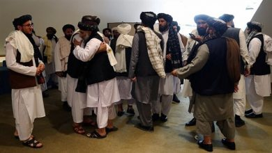صورة حكومة طالبان تقرر العمل مؤقتا بدستور آخر ملوك أفغانستان