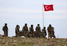 صورة تركيا تعزز قواتها في ريف إدلب ومخاوف من وقوع مواجهات مع الجيش السوري