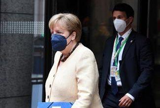 صورة الألمان يصوتون في انتخابات لاختيار خليفة ميركل اليوم