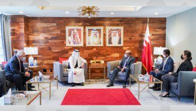 صورة وزير الخارجية يجتمع مع الأمين العام لمنظمة التعاون الإسلامي