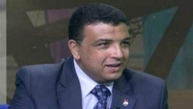 صورة الرئيس يعمل على بناء الإنسان المصري (فيديو)