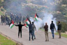 صورة إصابات واعتقال شقيقين بمواجهات مع الاحتلال شمال القدس
