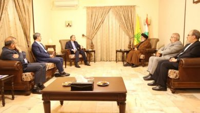 """صورة أمين عام """"حزب الله"""" يلتقي وزير خارجية إيران ويبحثان الأوضاع في لبنان ."""