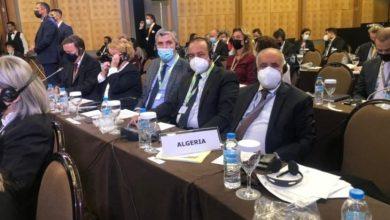 صورة وفد برلماني جزائري يحرج وفدا إسرائيليا في مؤتمر دولي… بهذه الطريقة (صور)
